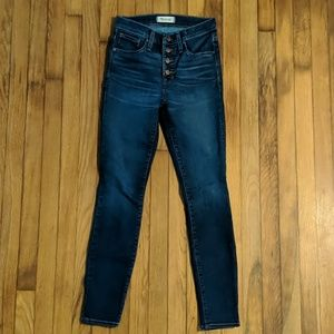 """Madewell 9"""" high rise button front skinny jeans"""